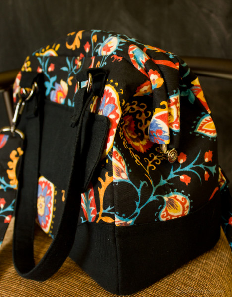 Floral Mommy's Poppins Bag (Pattern coming soon!) - sewfearless.com