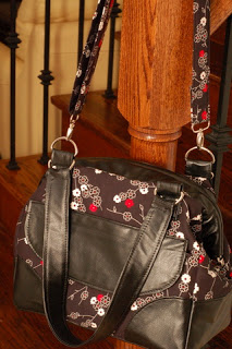 Nerissa's Mommy Poppins Bag - pattern by SewFearless.com