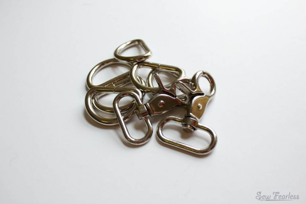 purse d-rings and trigger clasps - sewfearless.com