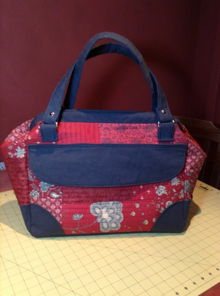 Sara's Mommy Poppins Bag - SewFearless.com