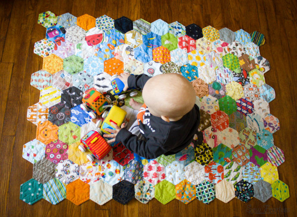 How To Finish A Shaped Quilt Edge Without Binding : finishing a hexagon quilt - Adamdwight.com