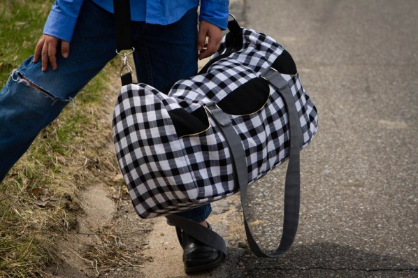 Road Tripper Duffle - pattern by Betz White, sewn by SewFearless.com