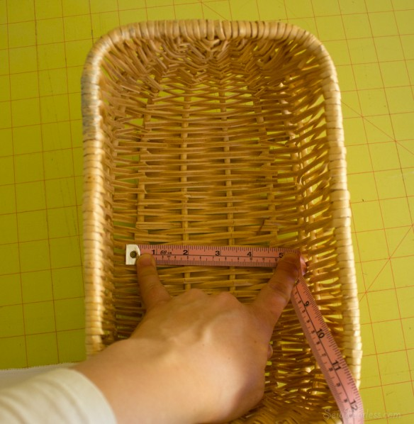 measure the bottom of the basket - sewfearless.com