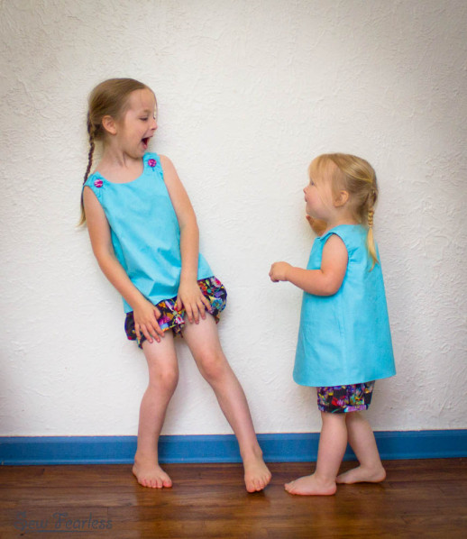 matching aqua tunic and bubble pocket shorts - sewn by sewfearless.com