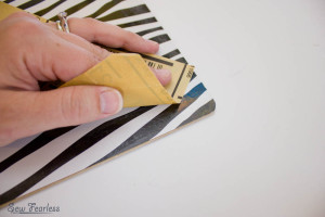 Scribble 'n' Tote Lap Desk- glue on clipboard- SewFearless.com