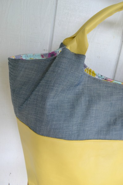 The Better-Than-Basic Bag Pattern by SewFearless.com, photo by Rhonda (https://www.etsy.com/shop/CarterJade)